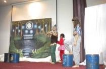 Ιούνιος 2010 - Παράσταση με το θεατρικό εργαστήρι του ωδείου Ανδρέας Γερολέμου